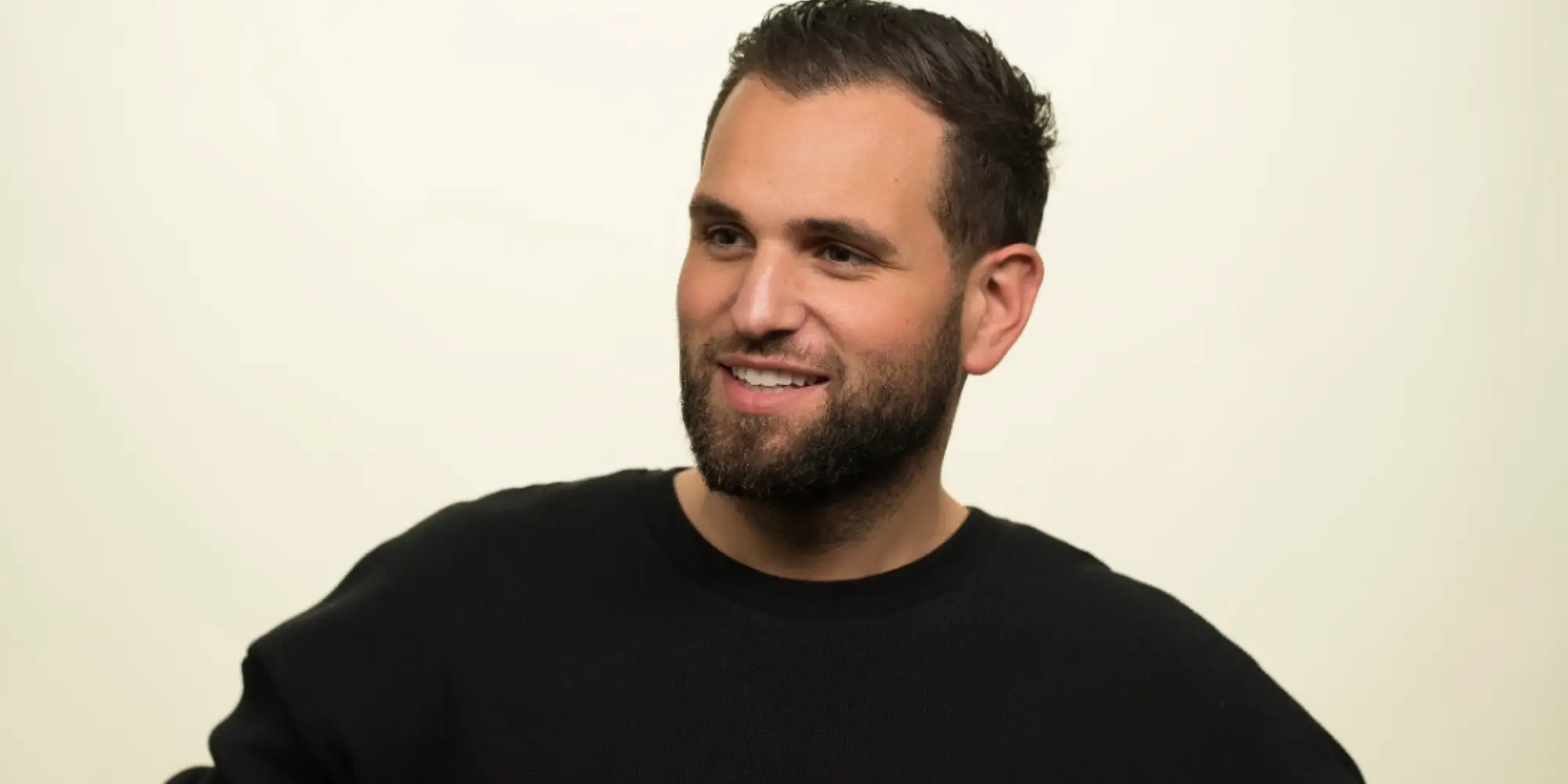 The British CEO of Pipe, a startup that's reached a $2 billion valuation in less than a year, says he's locked out of the US because of a crisis-level backlog in immigration processing